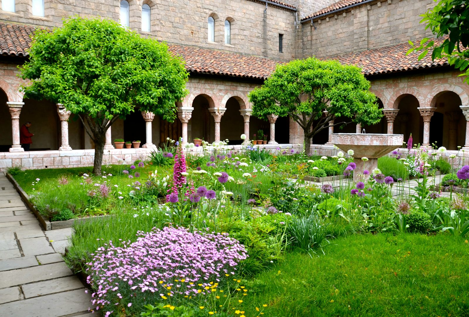 Off The Beaten Path Nyc S The Cloisters And Fort Tryon Park