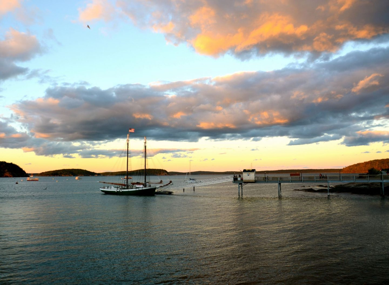 Bar Harbor Maine Sea Mountains And Lobstah