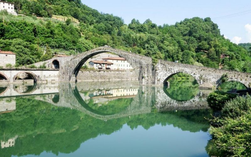 Ponte della Madalena in Tuscany is one of the places visited by Katy with Untold Morsels on her family vacation to Tuscany.