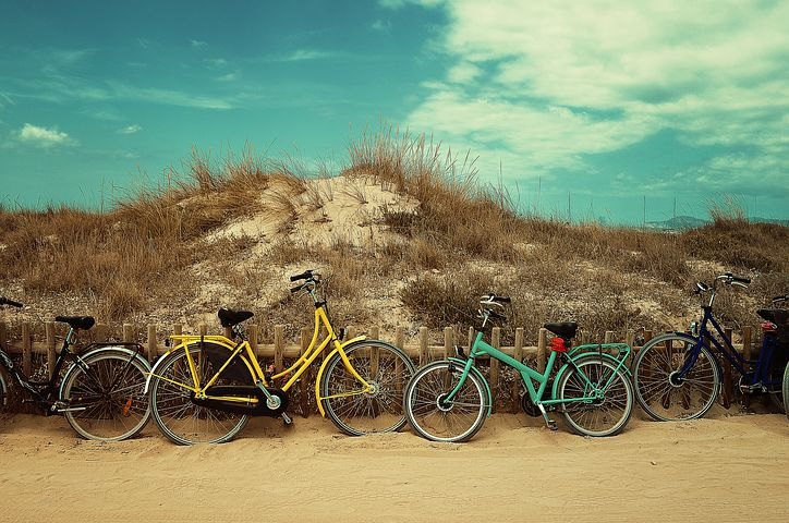 Biking on Hilton Head island is one of the most popular activities as there are hundreds of bike paths.