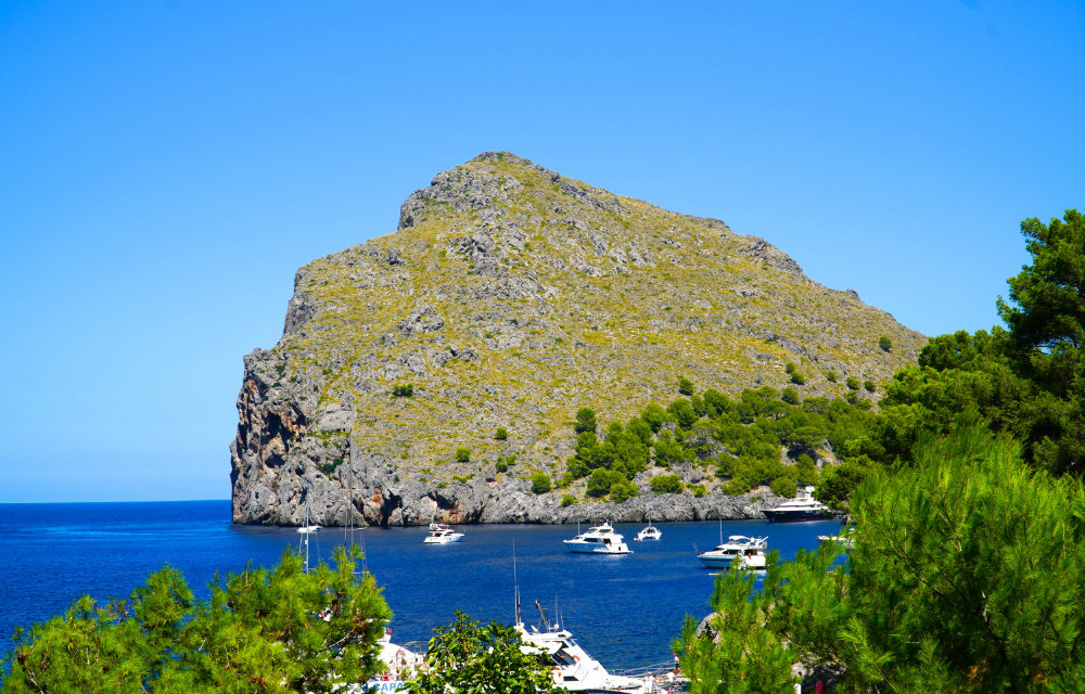 Western Mallorca: 5 Reasons to Stay in the Mountains on the West Coast